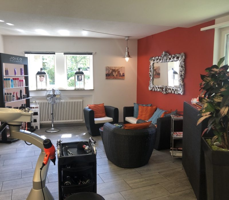 Home - Coiffeur und Hairstyling Lounge 10